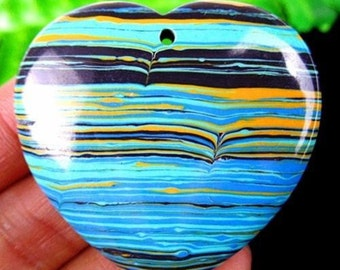 Beautiful Nice Multi-color Tuiquoise Peach Heart Carved Pendant Bead AT03388
