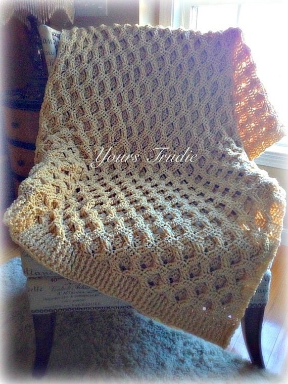 Reversible Cable Knit Afghan Pattern : Crochet Reversible Ribbed Afghan Honeycomb Cable Blanket