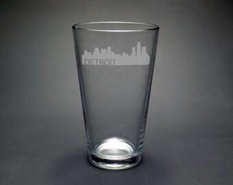 Detroit Skyline pint glass