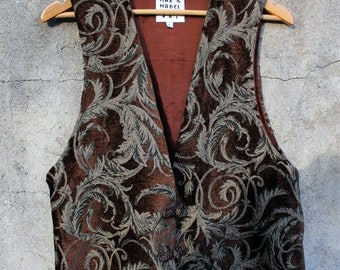Plush Paisley Embroidered Chenille Max & Mabel Vest / Vintage 90s
