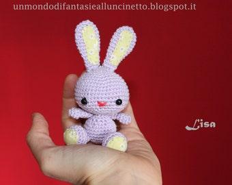Coniglio all'uncinetto - schema amigurumi (italiano)