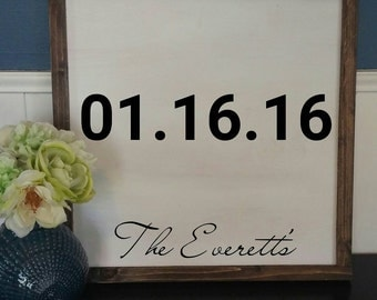 Custom wedding sign with last name and date - Wedding decor - Wedding or bridal shower gift