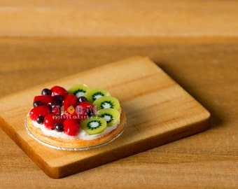Dollhouse Miniatures Luxurious Fruits Tart