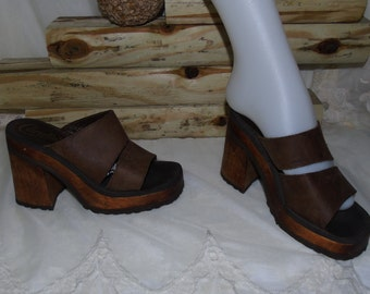 Womens Vintage CANDIES Brown Leather And Wood Platforms Sandles Mules Shoes Clogs / 7.5 M