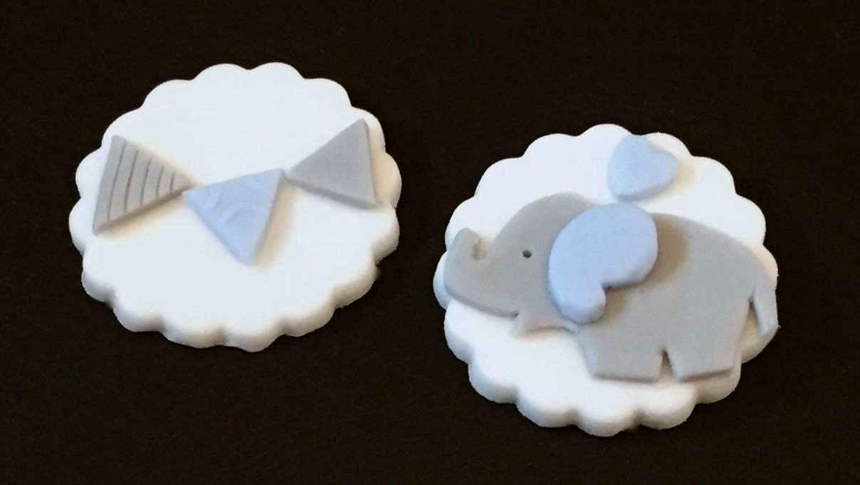 10xedible icing blue Elephant & bunting cupcake by ...