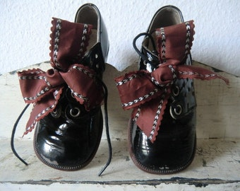 Vintage Black patent leather shoes children shoes shabby
