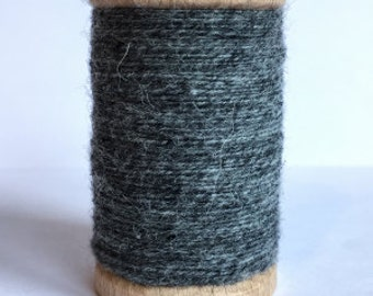 Rustic Wool Moire Thread - Color #905