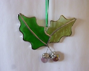 Unique Acorns wtih oak leafs stained glass suncatcher