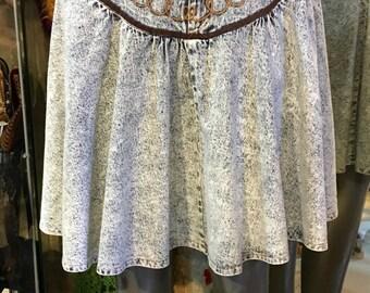 1980' acid wash short denim skirt. Size S.