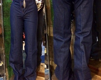 1970's deadstock Lee Cooper widelegs, high-waisted, very small jeans! Size XS.