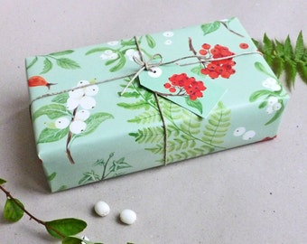Set gift wrapping paper & gift tags / winter berries / 3 x