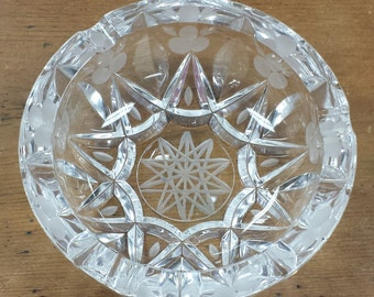 Crystal Glass Ashtray ~ Etched Queen's Lace