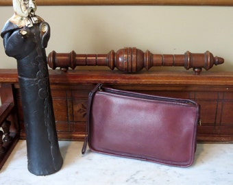 Coach NYC Beautiful Burgundy Basic Bag- Made In New York City U.S.A. Very Good Condition- Wristlet In Tact -Strap Missing