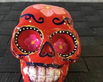 Decorative Skull Ornament / Statue