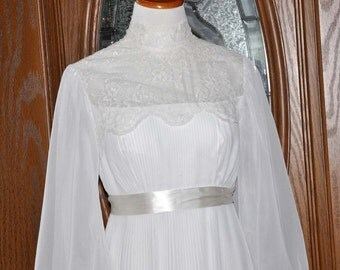 1920's White Lace Chiffon Wedding Gown, Vintage Wedding Gown, Lace Wedding Gown, 20's Bride Dress, White Bride Gown, Bridal Gown