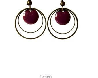 Earrings plum enamelled sequins