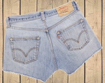 Levis 501 Denim Shorts High Rise Blue Distressed Repaired Frayed Button Fly W32 (Approx UK 12, EU 40, US 8)