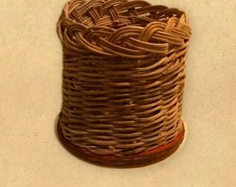 Vase small craft, hand woven Wicker