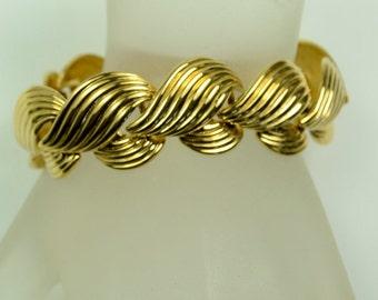 Napier Gold Tone Link Bracelet—Pristine!