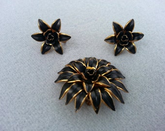 Rare vintage mourning jewelry, Brooch and earrings, Rare vintage set, Made in Austria, Free shipping