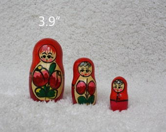 Stacking dolls Russian Matryoshka Nesting Dolls Hanfcrafted Gift