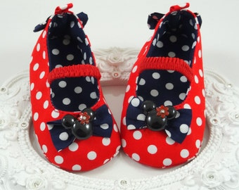 Baby Girl Crib Shoes, Newborn Baby Girl Shoes, Baby Accessories, Shower Gift, Gift for Baby