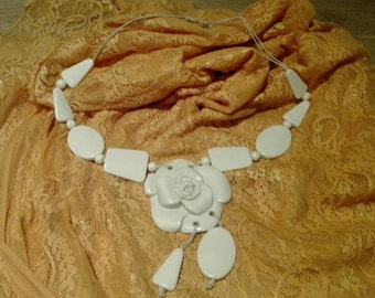 color ivory Seventies Necklace