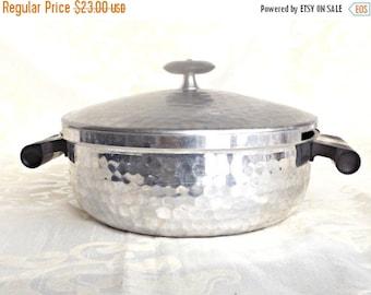ON SALE Hand Hammered Aluminum Pot, Retro Kitchen,  Italian Made Aluminum Pot, Vintage Kitchen, Retro Aluminum Pot, Retro Italian Kitchen,
