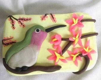 Hummingbird Altoids tin