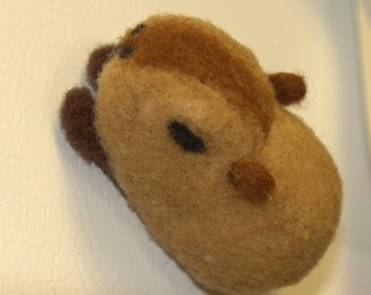 Miniature Capybara Magnet -Felted Capybara Magnet -Needle Felted Capybara Magnet-Capybara Doll-Animal Magnet-Animal Home Decor