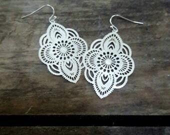 Silver Cutout Earring