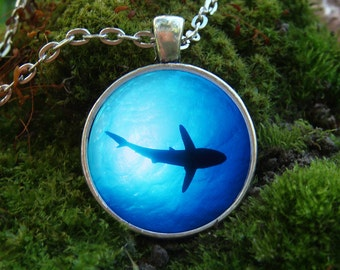 Glowing Necklace / Shark Pendant / Christmas Gift / Glowing in the Dark / Fish under water / Glows Jewelry / Fish Necklace / Ocean Pendant