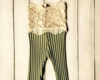 Cod 253Newborn Romper, Lace, Newborn Girl Romper, Romper Prop, Newborn Girl Outfit, Newborn Vintage Photo Prop