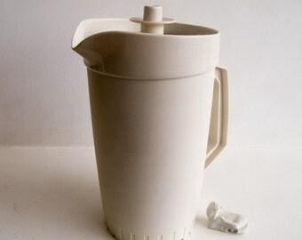 Vintage Tupperware jug