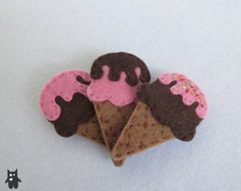 Hand Sewn Icecream Felt Brooch\\Choose your flavour and toppings!