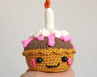 Amigurumi Happy B Cupcake