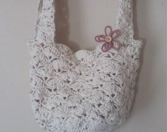 Crocheted shell purse