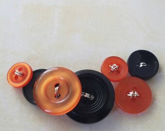 Button Necklace - Black & Orange