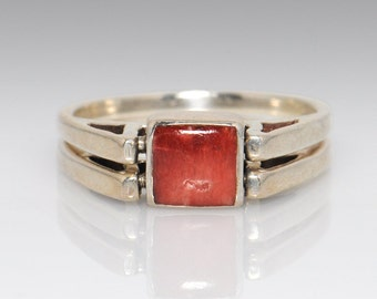 Sterling Silver Reversible Red Stone Ring - Size 9