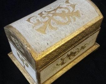 Vintage Italian Florentia Handmade Treasure Trinket Box #6004 Shabby Chic Hollywood Regency