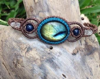 Labradorite micro macrame bracelet, labradorite lapis lazuri beads crystal quartz beads macrame simple bracelet