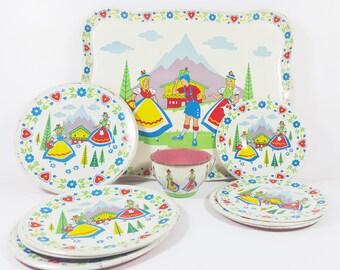 Vintage Children Wolverine Tin Litho Toy Plates / Childrens Tea Set / Doll Dishes/ Tin Decorations