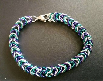 Multi-colored chain maille bracelet