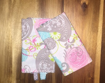 Set of Baby drool pads, fits most baby carriers, Paisley birds and flowers