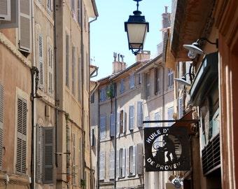 Shutters and Sign - Huile d'Olive de Provence - Rue Bédarrides - Aix-en-Provence - Sud de la France - France - Photo - Print