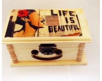 Banksy art, keepsake box, Wood Box, Banksy Photo, trendy gifts, home decor,  Trinket box, Unique gift, jewelry Box, birthday Gift,