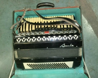 Vintage accordion / old accordion / antique accordion / vintage decoration / accordion
