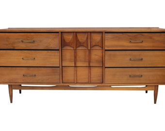 Kent Coffey Perspecta 9 Drawer Dresser Walnut