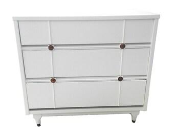Lacquered Mid Century Modern Dresser by Kroehler