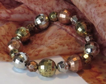 Metallic Bead Bracelet / Metal Bead Bracelet / Autumn Tones Bracelet / Earth Tones Bracelet / Stretchy Beaded Bracelet - Fun 101